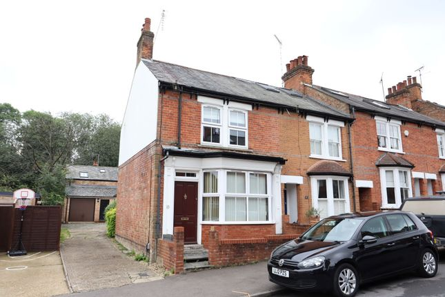 Thumbnail Flat to rent in Park Mount, Harpenden