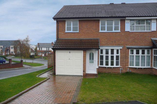 3 bed semi-detached house to rent in Graith Close, Birmingham