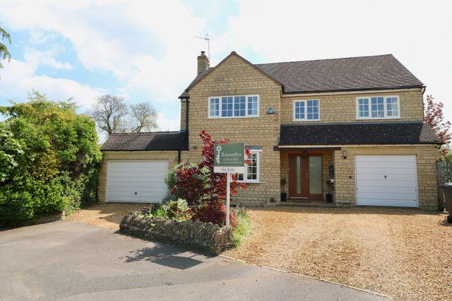 Thumbnail Detached house for sale in Cotswold Close, Tredington