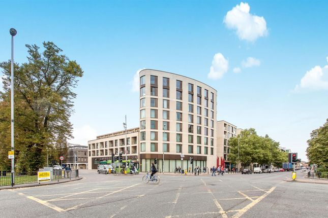 Thumbnail Flat for sale in Parkside, Cambridge