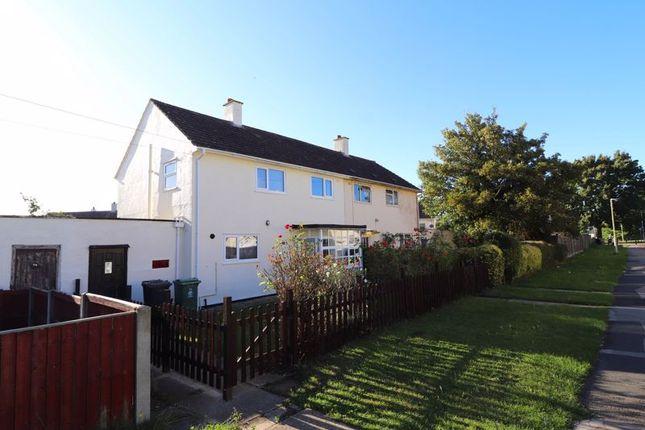 3 bed semi-detached house to rent in Elmleaze, Longlevens, Gloucester GL2