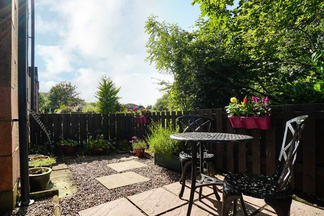 Thumbnail 2 bed terraced house for sale in Elphinstone Mews, Lochwinnoch Road, Kilmacolm