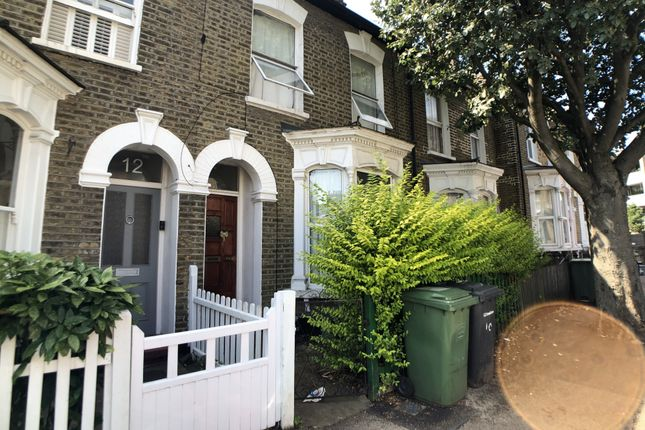 4 bed terraced house to rent in Wrigglesworth Street, New Cross SE14