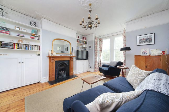 Thumbnail Flat for sale in Larkhall Rise, Clapham, London