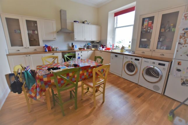 4 bed flat to rent in Broomhill Road, West End, Aberdeen AB10
