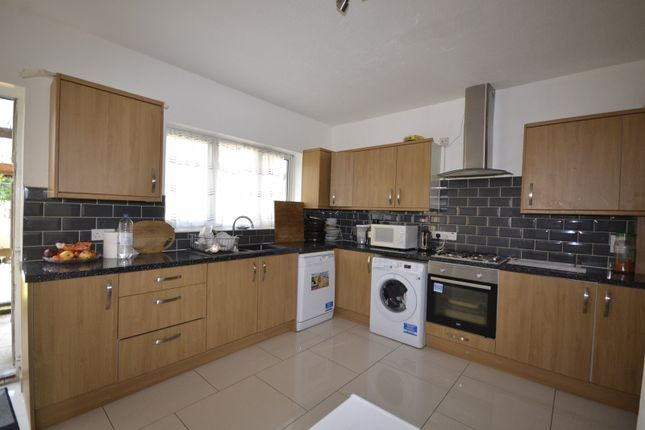 Thumbnail Detached bungalow for sale in Sedlescombe Road North, St Leonards