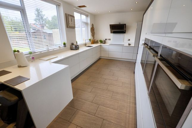Thumbnail Terraced house to rent in Hawarden Grove, London