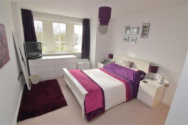 Bedroom of Gainsborough Close, Basildon, Essex SS14