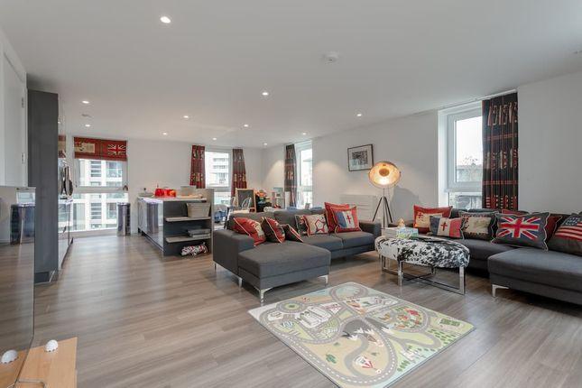 Thumbnail Flat to rent in Aurora Apartments, 10 Buckhold Road, London
