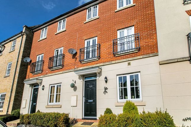 Thumbnail Town house for sale in Harlow Crescent, Oxley Park, Milton Keynes
