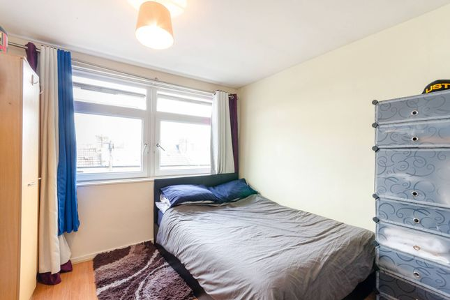 Thumbnail Flat to rent in College Place, Camden, London