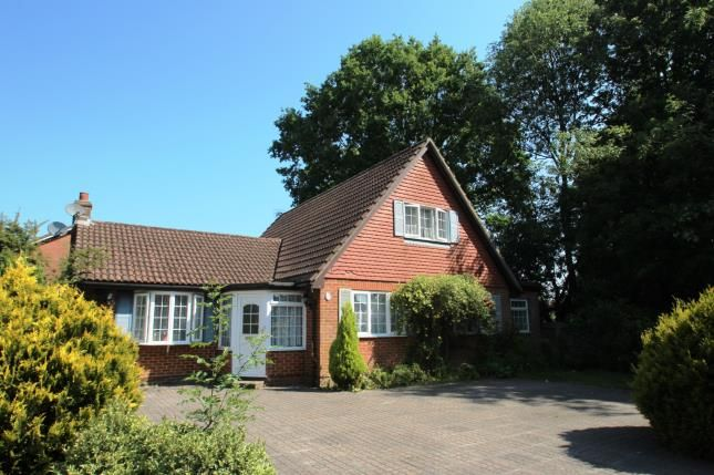 4 bed bungalow for sale in Horley Row, Horley, Surrey