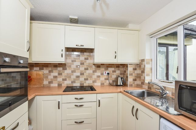 Thumbnail Flat for sale in Coronation Road, Totnes