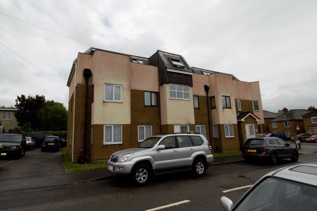 Thumbnail Flat for sale in Waterloo Road, Freemantle, Southampton