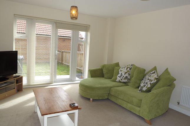Thumbnail Town house to rent in Leach Grove, Darlington