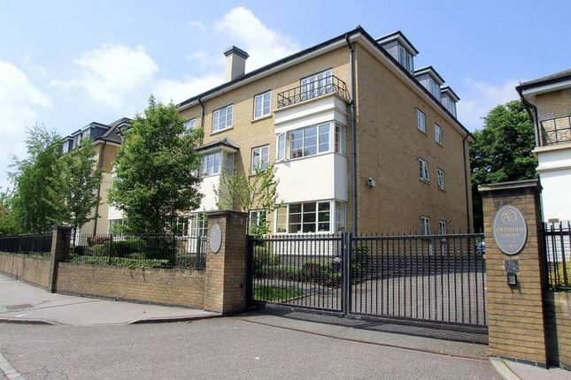 2 bed property for sale in Pampisford Road, Purley CR8