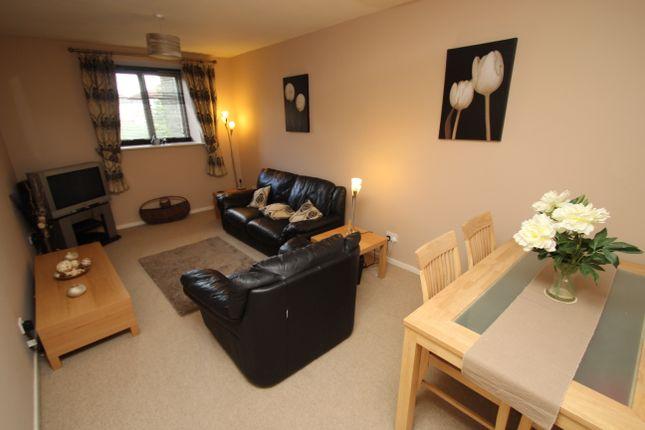 Thumbnail Flat to rent in Farrar Court, Bramley, Leeds