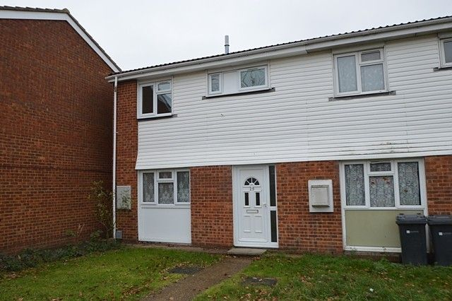 3 bed property to rent in Parsons Green, Guildford GU1