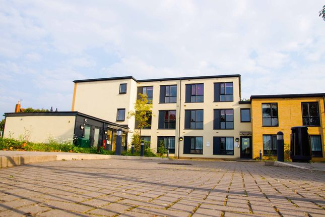 Thumbnail Flat to rent in Devon Avenue, Cheltenham