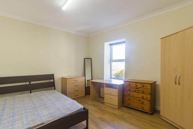 Bedroom 8 of Wood Road, Treforest, Pontypridd CF37
