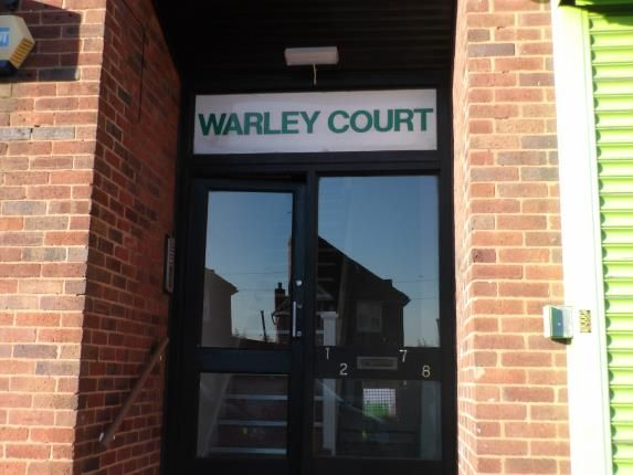 Thumbnail Flat for sale in Moat Road, Oldbury, West Midlands