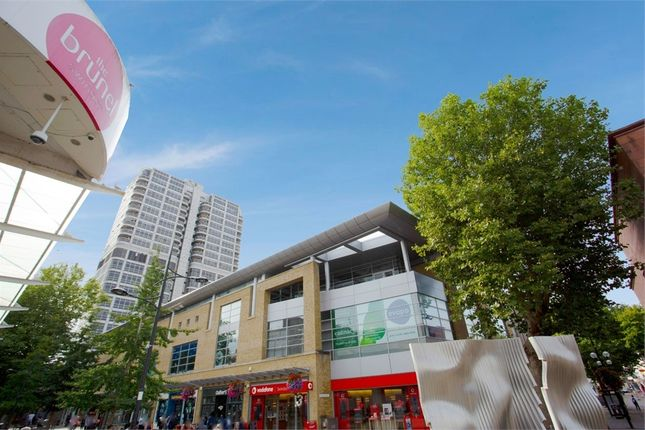 1 bed flat for sale in David Murray John Tower, Swindon, Wiltshire SN1