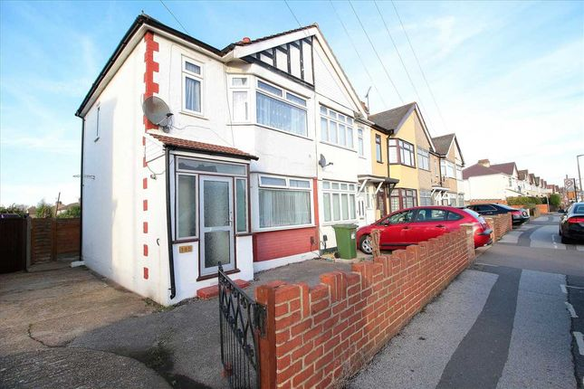 Thumbnail Semi-detached house to rent in Upminster Road South, Rainham