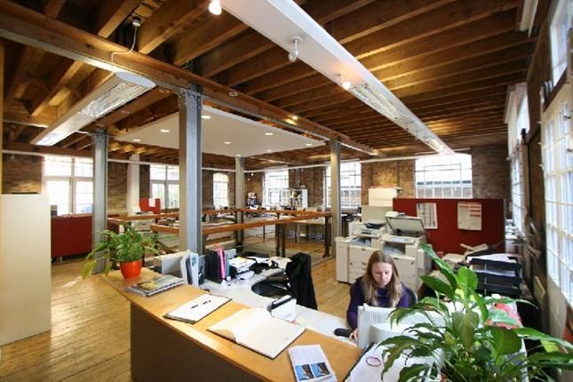 Office to let in 2 The Canvas House, Jubilee Yard, 25 Queen Elizabeth Street, Tower Bridge, London