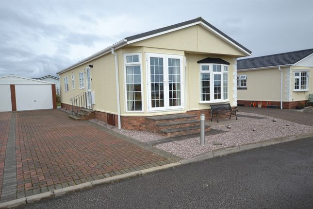 Thumbnail Mobile/park home for sale in Lakeland View, Nethertown, Egremont, Cumbria