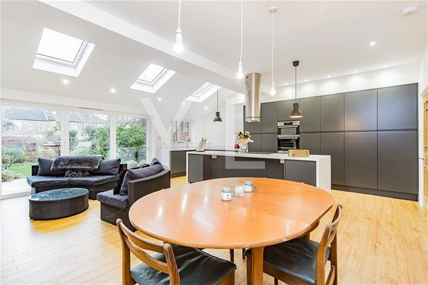 Thumbnail Terraced house for sale in Greenvale Road, London