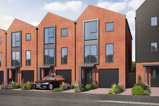 Thumbnail Town house for sale in Manor Park Way, Derby