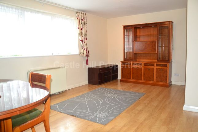 Thumbnail Property to rent in Hereford Road, West Acton, London.