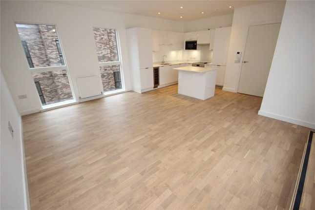 3 bed town house to rent in Lockgate Mews, Manchester M4