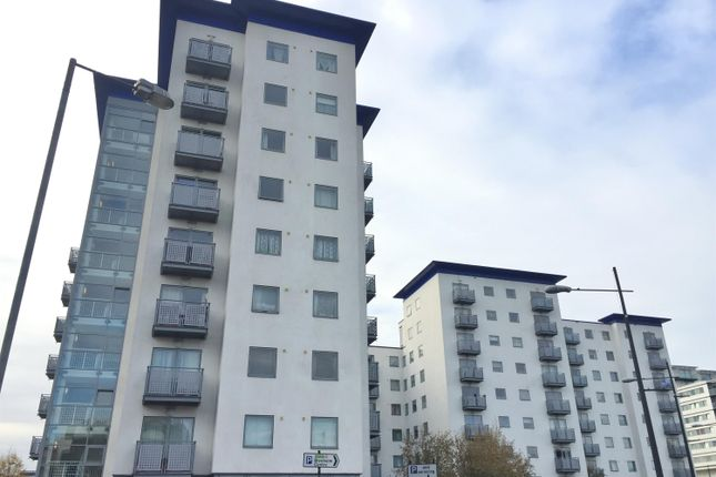 Thumbnail Flat for sale in Baroque Court, Prince Regent Road, Hounslow