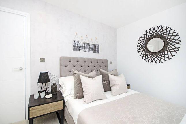 Thumbnail Flat for sale in Groupama House, New Barnet
