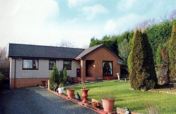 Thumbnail Bungalow for sale in Balloch Holdings, Cumbernauld, Glasgow