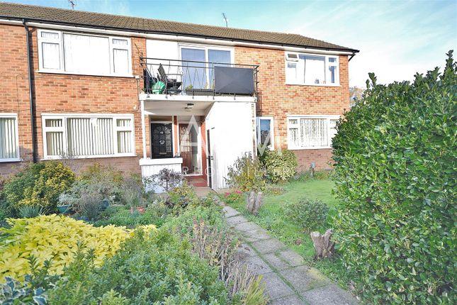 Thumbnail Maisonette to rent in Ashdown Walk, Romford
