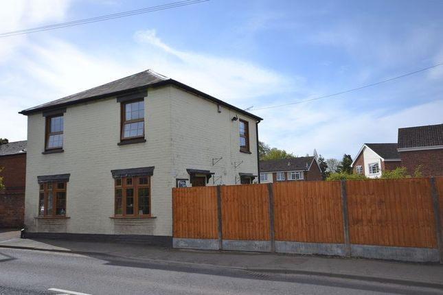 Thumbnail Semi-detached house to rent in Worcester Road, Burford, Tenbury Wells