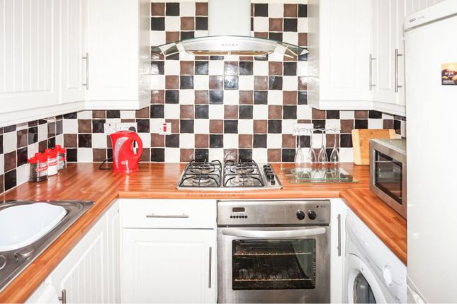 Kitchen of 11 Meadowside Street, Renfrew PA4