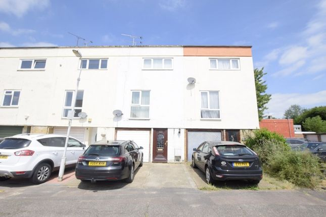 Thumbnail Terraced house for sale in Brempsons, Basildon