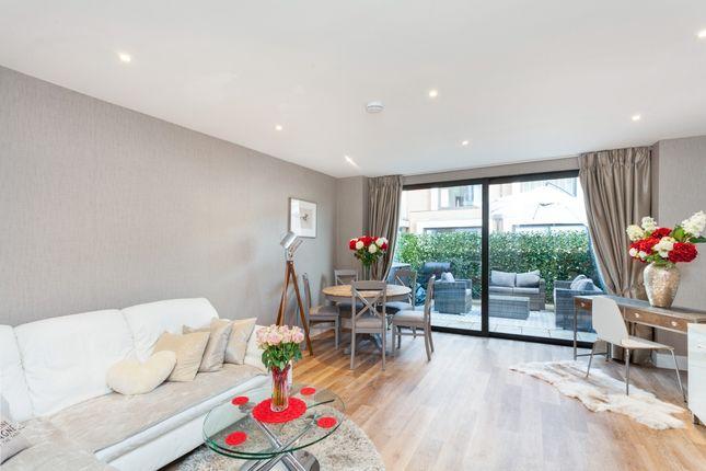 Thumbnail Town house to rent in Knaresborough Drive, London