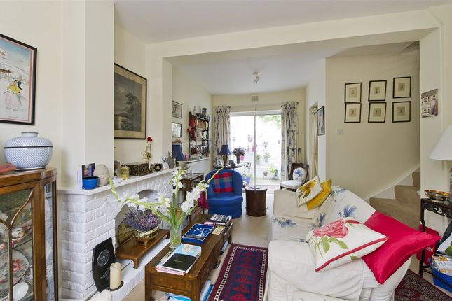 Thumbnail Cottage For Sale In Abdale Road London