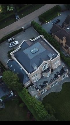Aerial View of Newlands Avenue, Radlett WD7