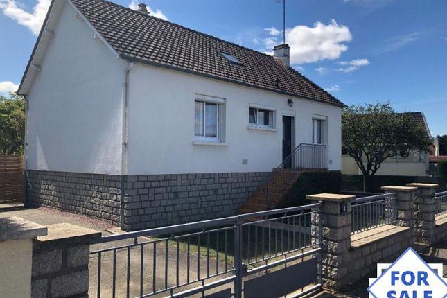 Thumbnail Detached house for sale in Conde-Sur-Sarthe, Basse-Normandie, 61250, France