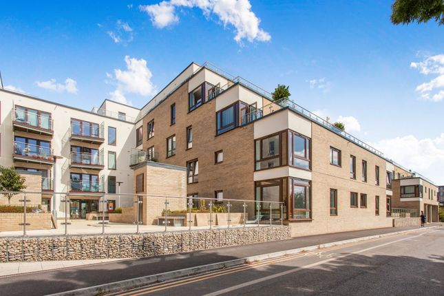Thumbnail Flat to rent in Beacon Rise, Newmarket Road, Cambridge