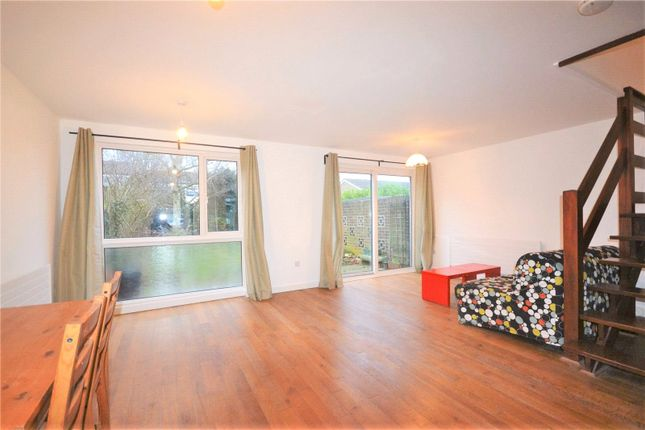 Thumbnail Semi-detached house to rent in Gibson's Hill, Norbury