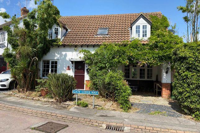 Thumbnail Detached house for sale in Gate Lodge Way, Noak Bridge