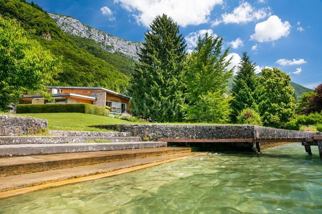 Thumbnail Property for sale in 74290 Veyrier-Du-Lac, France