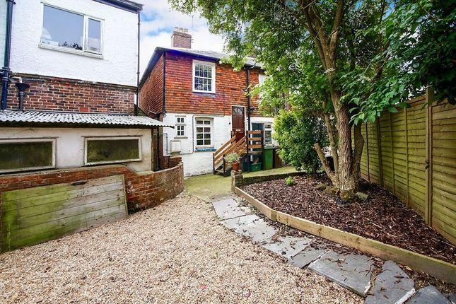 Thumbnail Flat to rent in High Street, Pembury, Tunbridge Wells