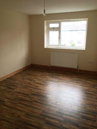 Thumbnail Flat to rent in Pasture Walk, Bradford
